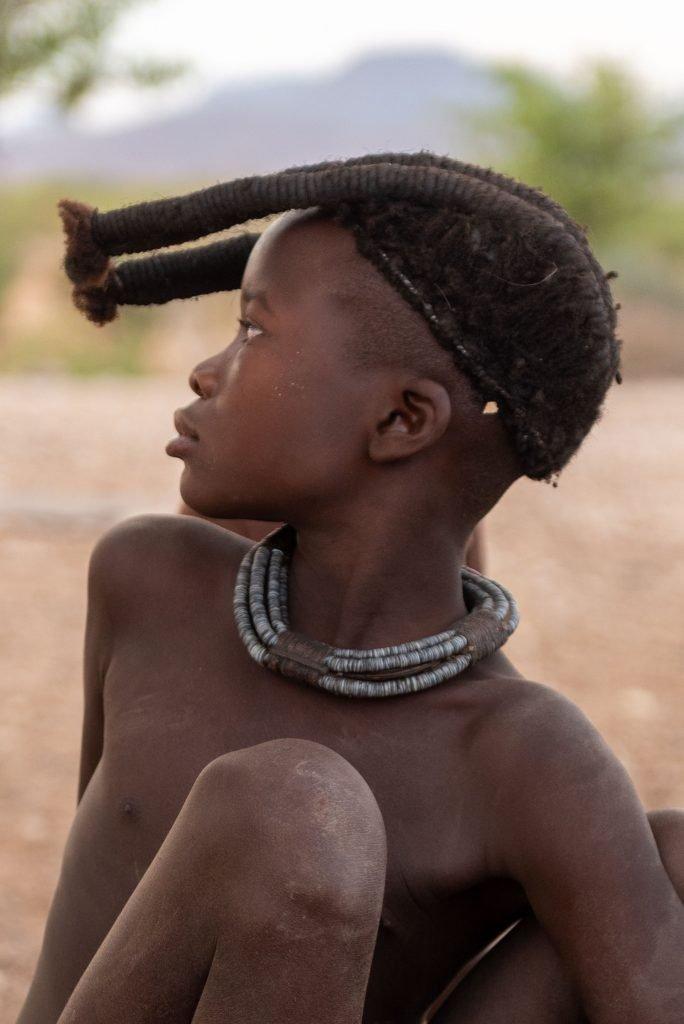 Ragazza Himba di profilo