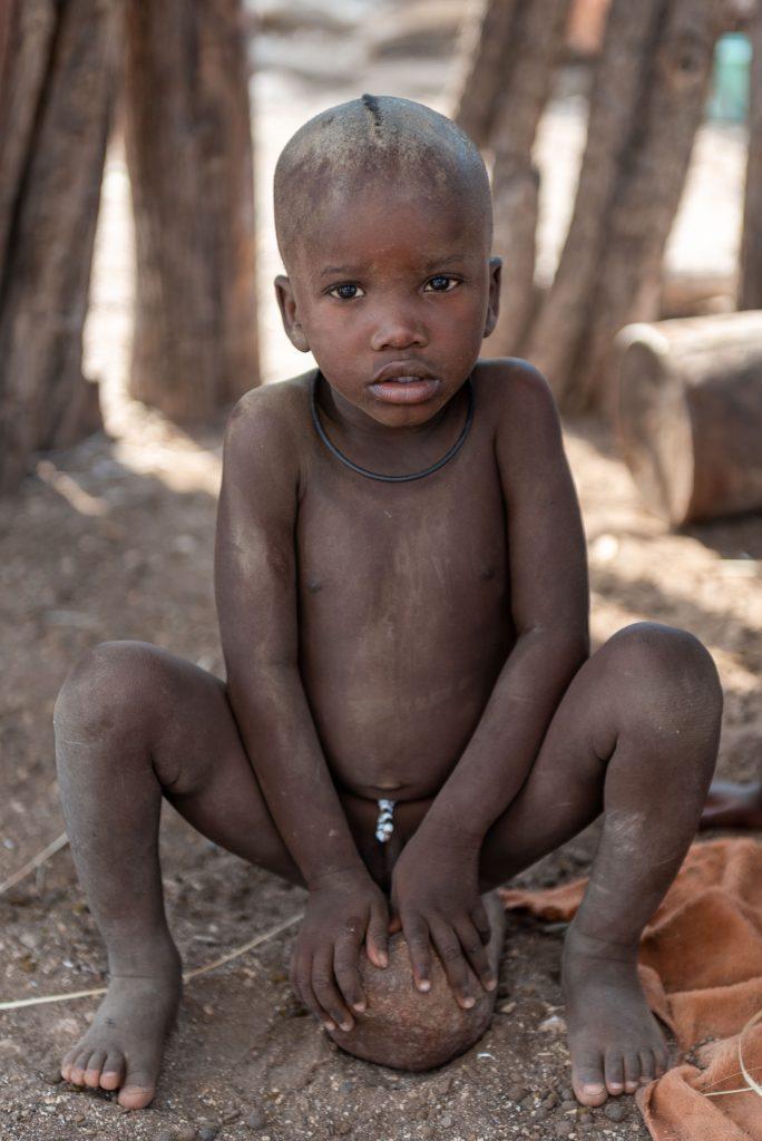 Ritratto di un bambino Himba