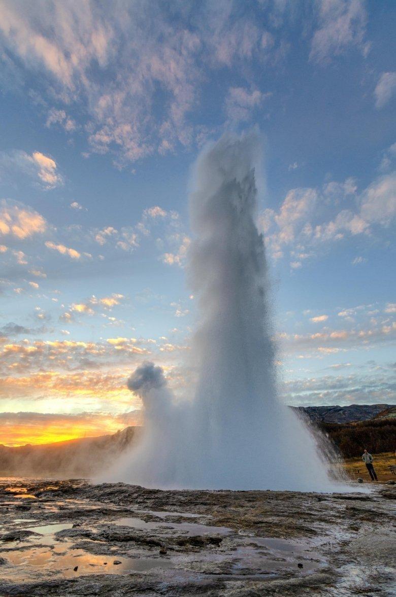 Il geyser di Geysir: Strokkur, Islanda