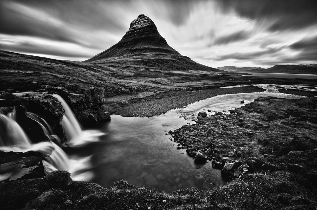 Kirkjufell, Islanda - bianco e nero