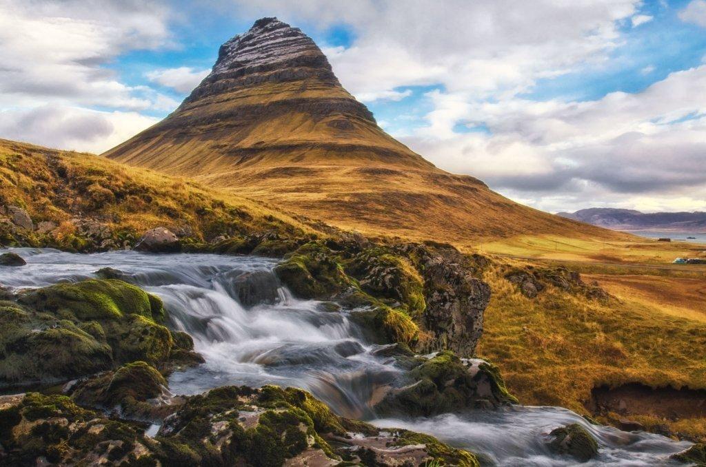 Kirkjufell, Cascate, Islanda