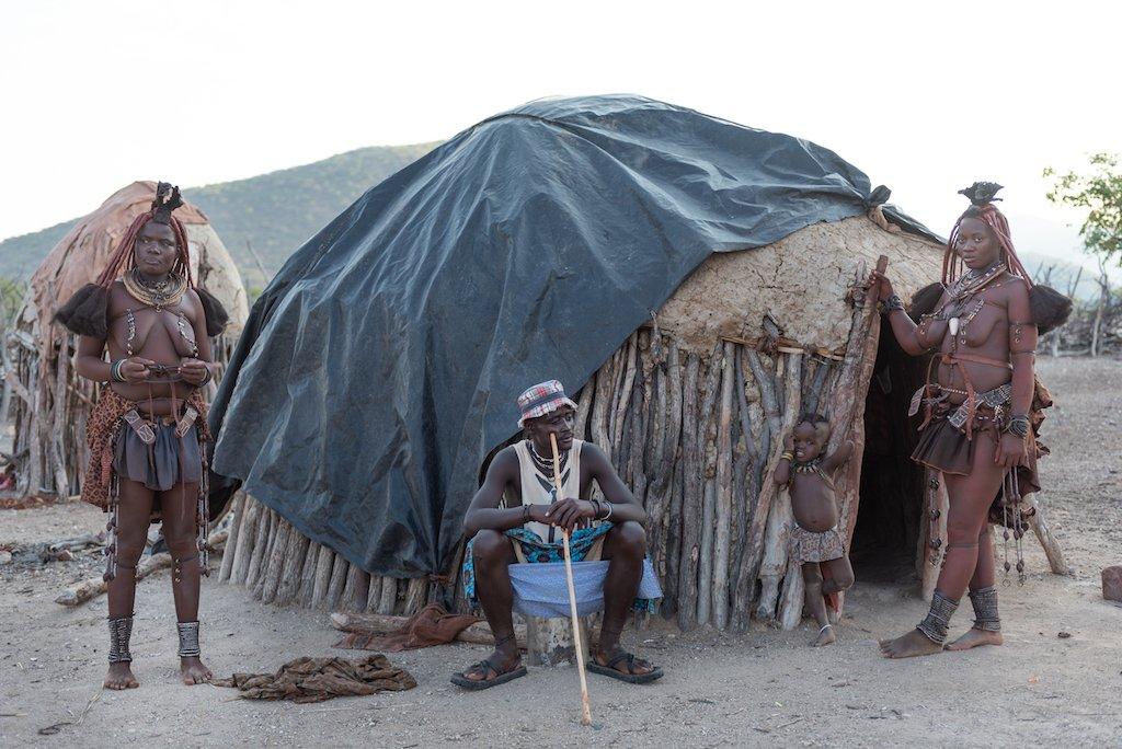 Foto Himba - Prima della post produzione con Luminar
