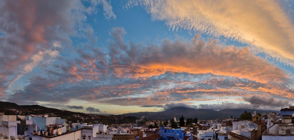 Chefchaouen, Marocco: La Città Blu al Tramonto